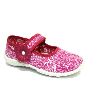 Supportive amaranth shoes for a preschool girl