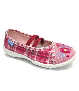 Checkered pink shoes with a flower