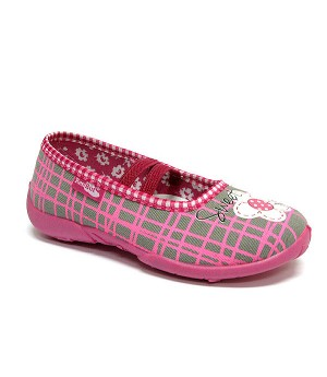 Checkered pink shoes with a white flower