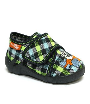 Hudson checkered shoes for a toddler