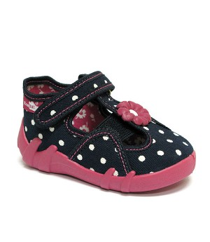 Peggy white polka dots shoes with a flower